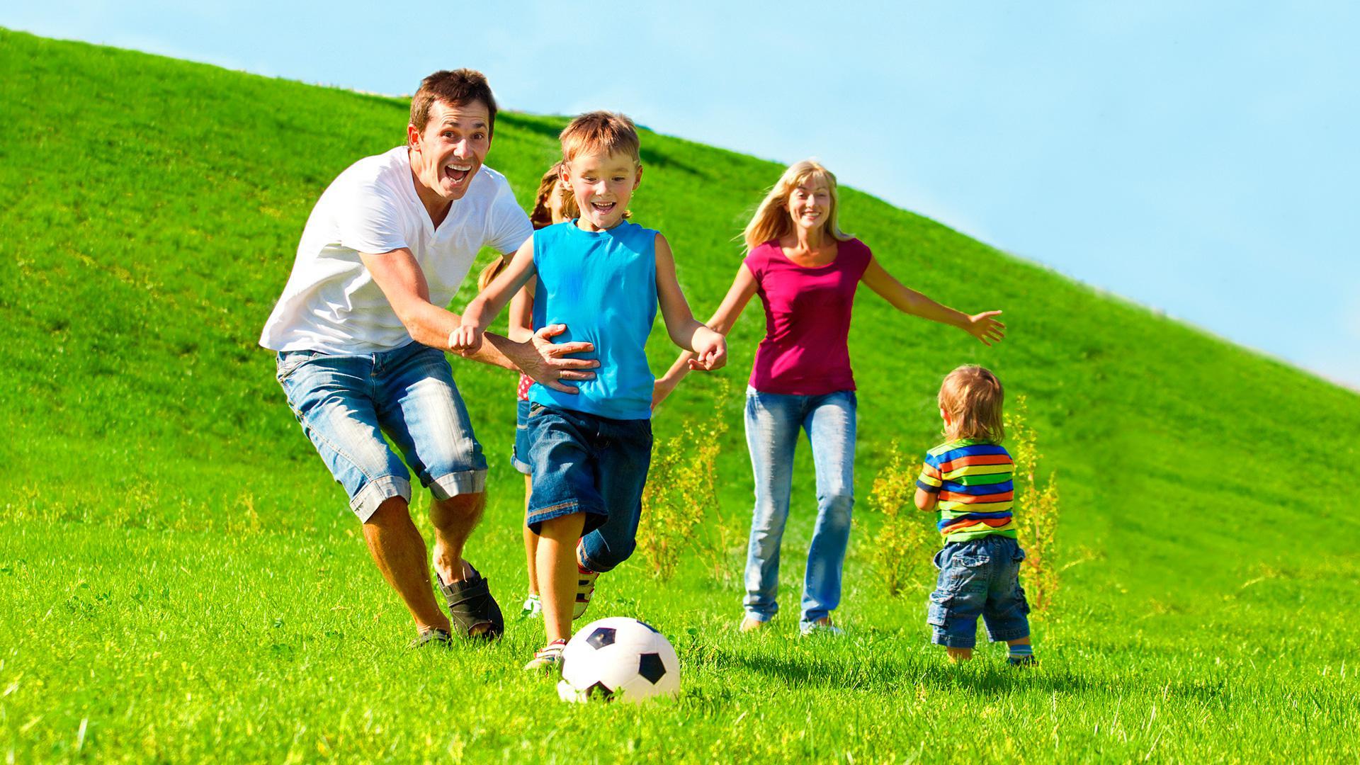 familia aire libre juego