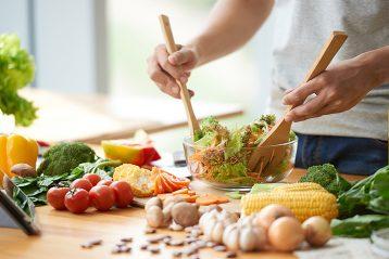 Conoce las 4 reglas principales para comer saludable